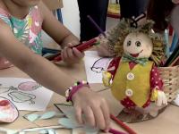 Adopția, extrem de grea în România. Peste 50.000 de copii așteaptă o familie