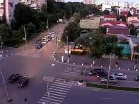Șoferul vinovat pentru accidentul cu 6 mașini din București a rămas fără permis