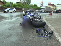 """Motociclist grav rănit după ce a intrat într-o mașină: """"Nu se poate să ai viteza asta"""""""