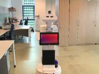 Robotul care nu te lasă să intri în farmacie dacă ai febră sau nu porți mască, dezvoltat de studenți români