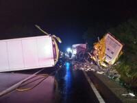 Accident devastator între 2 TIR-uri, în Mureș. Patru persoane sunt în stare gravă
