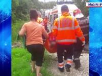 Cum au reușit o fetiță de 12 ani din Vâlcea și bunicii ei să se salveze dintr-o mașină ajunsă în râu