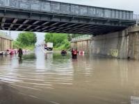 Ploile torențiale au provocat inundații în București şi Ilfov. Străzile, transformate în râuri