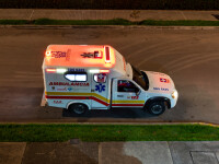 """Ce au găsit polițișii columbieni într-o ambulanță. Se aflau chiar lângă """"pacient"""""""