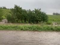 Dezastru în jumătate de ţară, din cauza ploilor. Comuna lovită de viitură de 2 ori într-o zi