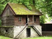 Muzeul Etnografic din vecinătatea castelului Bran s-ar putea închide. Noii proprietari cer executarea silită