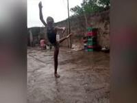 VIDEO. Un copil african a impresionat cu pasiunea sa pentru balet