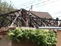 Un bărbat din Codlea a dat foc casei și s-a sinucis după ce a scris mai multe bilete de adio