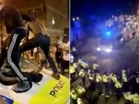 VIDEO. Incidente grave în Marea Britanie. 22 polițiști au fost răniți