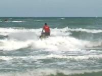 Operațiune dramatică la Mamaia. Un băiat de 14 ani a dispărut în mare
