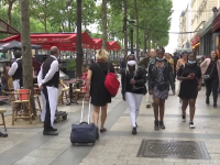 Turiștii americani și chinezi nu vor mai putea intra în Europa după 1 iulie