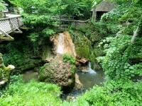 Romsilva: Cascada Bigăr se va regenera în timp, prin depunerea unor noi straturi de muşchi pietrificat