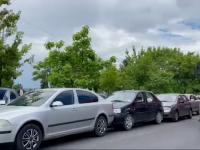 Accident în lanț pe un bulevard din Târgoviște. De vină, o șoferiță care nu a pus frână la timp