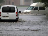Cod galben de inundaţii pe râuri din 13 judeţe, de duminică până luni