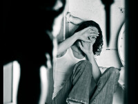 Psihologii avertizeaza: Criza economica duce la violenta domestica!