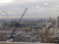 Nu unul, ci patru OZN-uri fotografiate deasupra Londrei!
