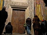 Acuzatii grave la o manastire din Bihor. Maicuta disparuta dupa ce a fost batuta cu FURCA de stareta