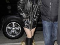 Lady GaGa a fost perchezitionata corporal pe aeroport! Voalul e de vina!