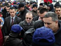 Pe Boc l-au batut sindicalistii, cu bulgari de zapada