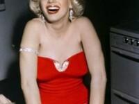 Secretul lui Marilyn Monroe. Cea mai dorita femeie din lume ar fi preferat, de fapt, femeile