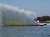 Ski nautic, windsurf si stand-up Paddle. Cele mai frumoase sporturi nautice, pe litoralul romanesc