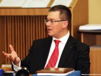 Ungureanu:Am nevoie de opozitie, dar nu pot face lucruri imposibile, ca schimbarea Robertei Anastase