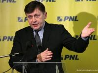 Antonescu, despre huiduielile din Parlament: Nu cred ca opozitia a controlat cine intra in cladire