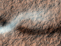 FOTO NASA. Sarpele spatial - aparitia neasteptata filmata pe Marte