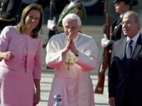 Papa da vina pe bani la prima sa vizita in tara celor 50.000 de victime ale razboiului drogurilor