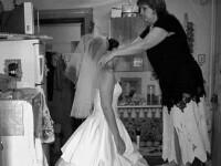 Galerie FOTO. Cele mai amuzante gafe surprinse in fotografiile de nunta