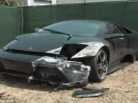 Lamborghini de 220.000 de dolari abandonat la cateva ore dupa ce a fost cumparat, dupa un accident