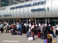 Masuri de securitate sporite pe aeroportul din Cairo, dupa descoperirea a doua bombe
