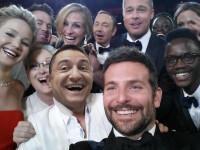 iLikeIT. Moda selfie-urilor a explodat dupa lovitura data de Ellen DeGeneres la gala Oscar 2014. Ce parodii s-au facut