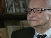 Radu Beligan, la 95 de ani, are cont pe Facebook si joaca teatru ca in tinerete. Va fi premiat la Gala GOPO pentru cariera sa