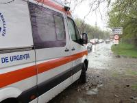 Accident fatal in Bihor. Soferul unui TIR a murit dupa ce s-a rasturnat si s-a infipt intr-un copac