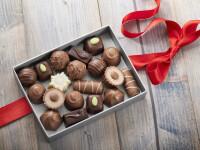 STUDIU: Barbatii care ofera unei femei o cutie cu ciocolata au 41% sanse sa o cucereasca