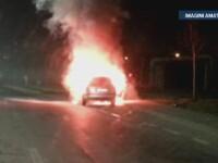 O masina a luat foc in trafic, la Arad. Incendiul ar fi pornit de la un scurtcircuit