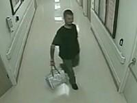 Moment socant intr-un spital din SUA. Un barbat dependent de droguri isi rapeste din spital fiica de doua zile