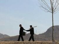 Barbatii cu dizabilitati din China care au plantat 10.000 de copaci.