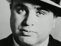 Locuinta luxoasa a legendarului gangster Al Capone a fost restaurata. Cum arata acum vila de 8 milioane de dolari. FOTO