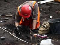 Trupul mumificat al unui copil din perioada preincasa, vechi de o mie de ani, a fost descoperit de arheologii din Peru