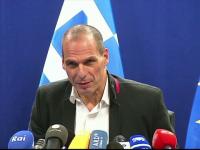 Grecia vrea sa-si reduca evaziunea fiscala cu ajutorul turistilor. Planul propus de excentricul ministru al Finantelor