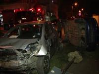 Accident provocat in Timisoara de un sofer grabit. Doi oameni au fost raniti dupa ce masina s-a rasturnat intr-o intersectie