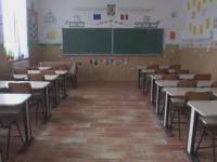 19 elevi din Galati au ajuns la spital dupa ce au baut lapte de la scoala. Programul