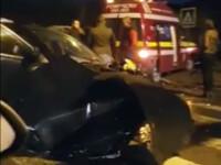 Ciocnire intre o ambulanta si un autoturism, in Mogosoaia. Trei oameni au ajuns la spital. VIDEO