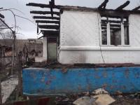 Incendii in cinci gospodarii din judetul Bacau, in decurs de o luna. Un caine-detectiv l-ar fi descoperit pe prioman