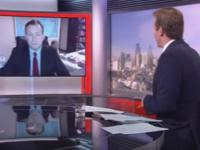 Incident ilar in direct la BBC. Ce a patit un invitat in momentul in care prezentatorul ii punea o intrebare de politica