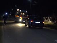 A murit traversand neregulamentar. Un barbat de 48 de ani a fost izbit violent de o masina pe o sosea din Campulung
