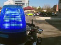 Demonstratie a politiei in fata elevilor de la scolile din Pitesti. Cine a fost agentul preferat al celor mici