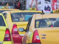 Razie la taximetriştii din aeroporturi. Câte amenzi au fost date în doar 2 ore